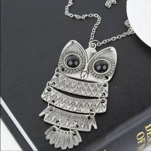 Jewelry - Silver Owl Pendant Necklace